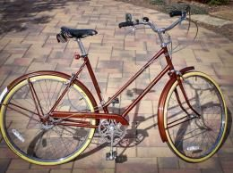 Cap'n Johnny's latest refurb, a Raleigh Sports mixte bike, soon available for sale.